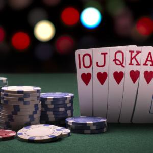 Biasakan Bermain Dengan Aturan Dasar Poker